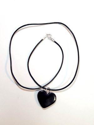 biżuteria z węgla serce