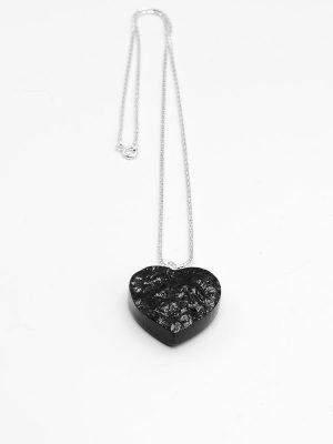 łańcuszek serduszko z węglem